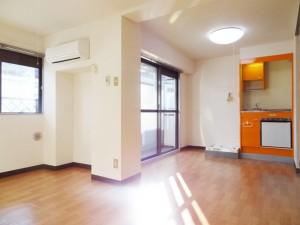 304_room1