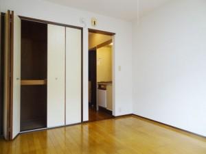 102_room3